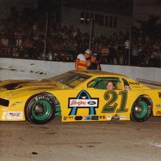 1987-Shadybowl Speedway-2.jpg