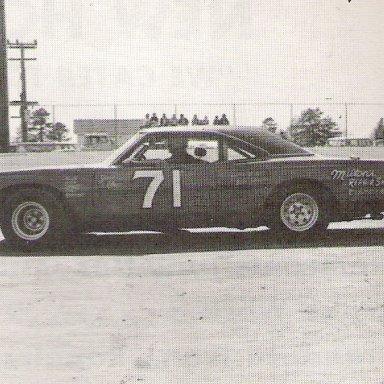 Milton Upchurch Wilson Co Speedway'75