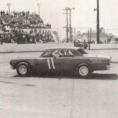 Leroy Jones Wilson Co Speedway '75