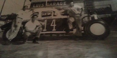 My Grandfather Bob Turner or Bob Tyler  who pass away racing at the Stock Island Speedway somewhere in 1955-1965. He is the one kneeling down. Love to find out more info on him and family.