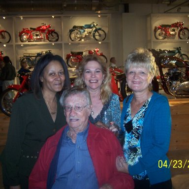 Sybil Scott, Paulette, Geri and Ray Fox