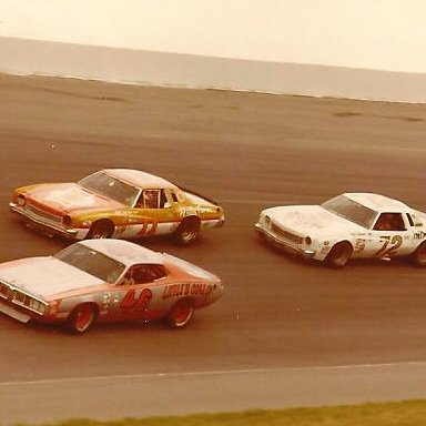 11 CALE YARBOROUGH 72 BENNY PARSONS 46 TRAVIS TILLER 1976