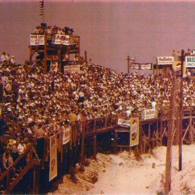 Daytona Beach Stands
