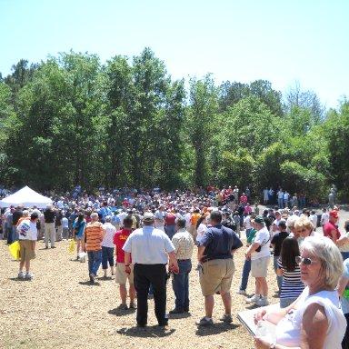 Crowd gathered for 2010 Camaro.