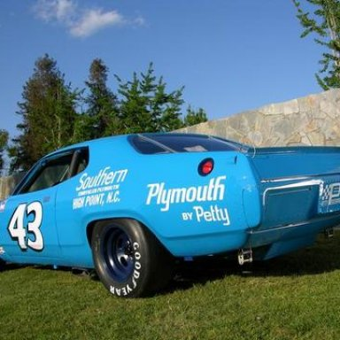 Petty '71 Plymouth