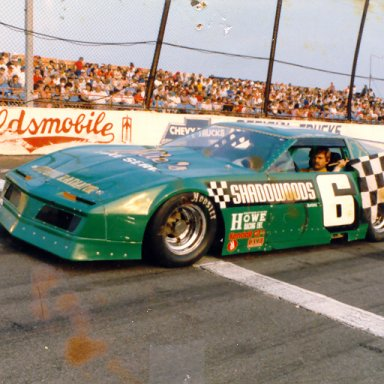 86 Tracy Leslie