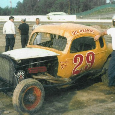 Gil Hearne with his own #29 coupe