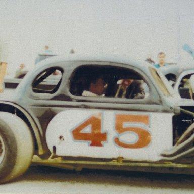 Gil Hearne in Mason's #45