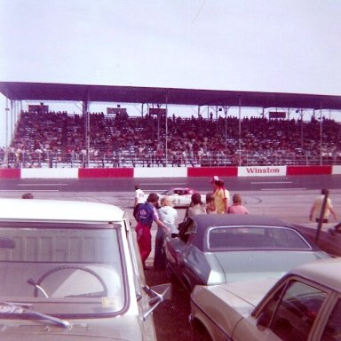 1976 Southern 500 Driver Introductions - David Pearson(21)