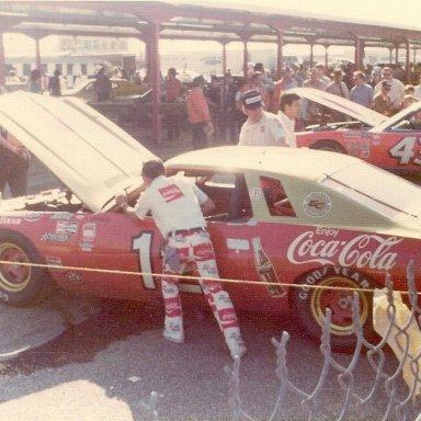 Nascar Garage - 70's