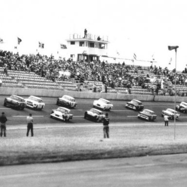 The start of the 1960 Modified-Sportsman race _Clyde Mangum Collection_