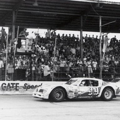 The final Governor_s Cup run on a Sunday afternoon - Dick Trickle takes the checker - 1978_