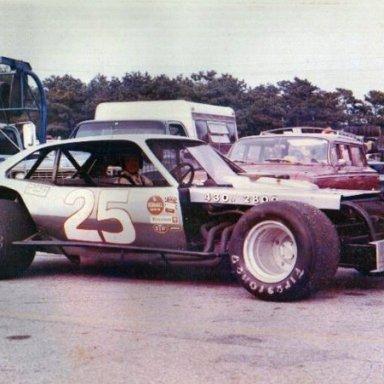 #25 Modified Pinto Bobby Holmberg