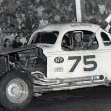 #75 Coupe Bobby Holmberg