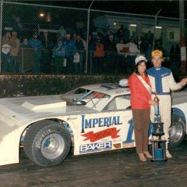Dirt_World_Series_1985_-_Jeff_Purvis_takes_a_win__Don_Bok_Photo_