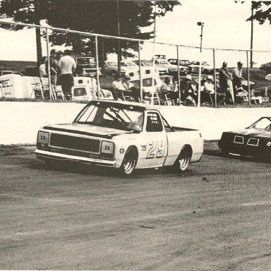 #29 Paul Radford in Dodge truck running in Late Model Sportsman @ FCS 1985