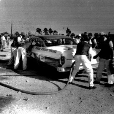 Bill Myers pit stop - not sure on what track