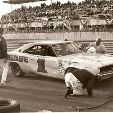 Don White Charger in Pits