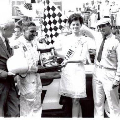 Ernie Derr in victory lane, Iowa 300, 1969