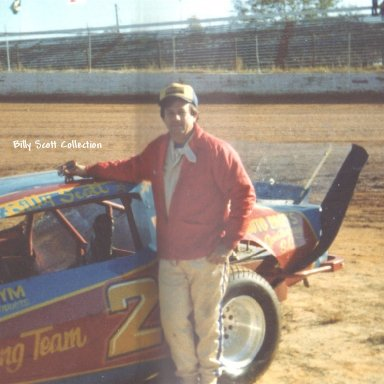 BILLY SCOTT AT CHEROKEE SPEEDWAY 1980S'