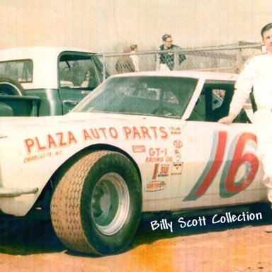 BILLY SCOTT AT METROLINA SPEEDWAY 1970S'