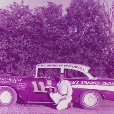 Dennis Racing    010