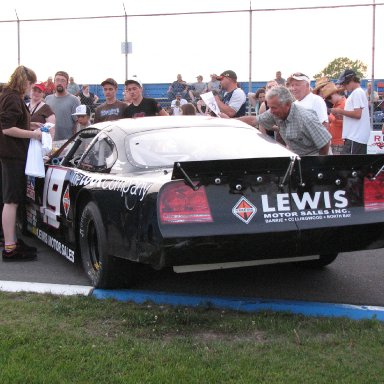 Keith McLeod 19 Dodge - Autograph session