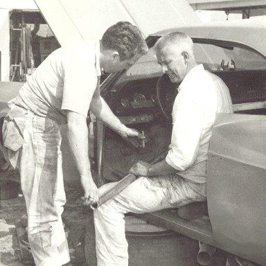Tom Hunter & Roy Mayne building car