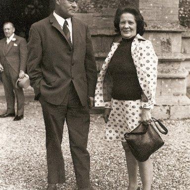 Harry & Lilly Barnes.