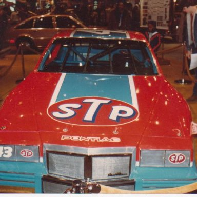 Richard Petty Pontiac 1982 2
