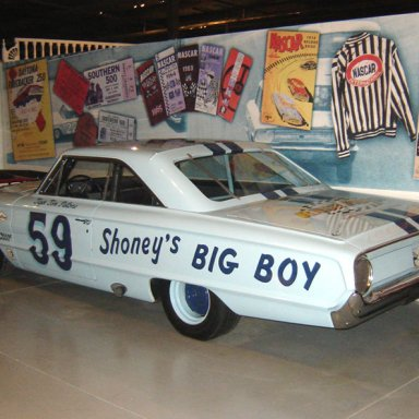 Tiger Tom Pistone Shoneys Car 59