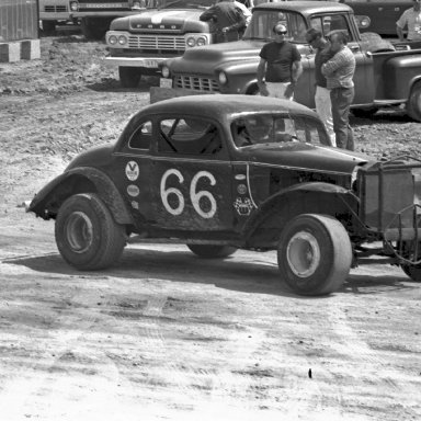 COUPES ON DIRT # 66