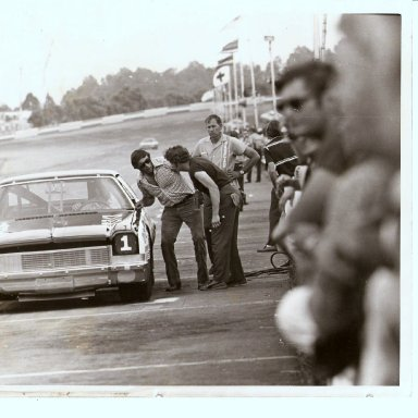 DRIVER DICK HUTCHERSON, CREW CHEIF FOR BILLY SCOTT 197OS'