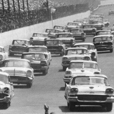 1958 Darlington parade lap