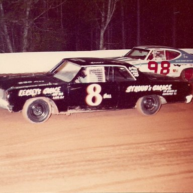 Randy Green #8 Donnie Hicks #98