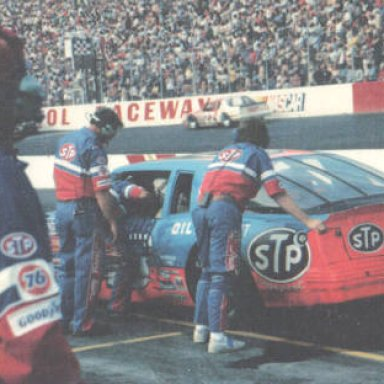 Neil Bonnett #12 into the wall at Bristol Valleydale 500 4-6-86