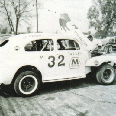 Bob Ruhl _32 Columbus Motor Speedway October 1962