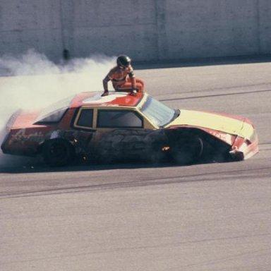 Bobby Dotter escapes his burning car after a crash - 1985___