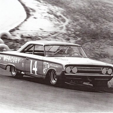 1964 Motor Trend 500 Dave MacDonald