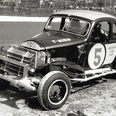 #5 Dick Linder PRA @ Heidelberg (PA) Raceway 1957