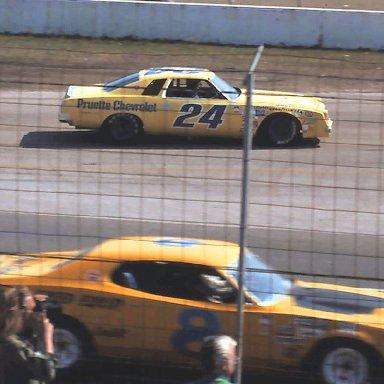 #8 Ed Negre #24 Cecil Gordon 1976 Daytona 500