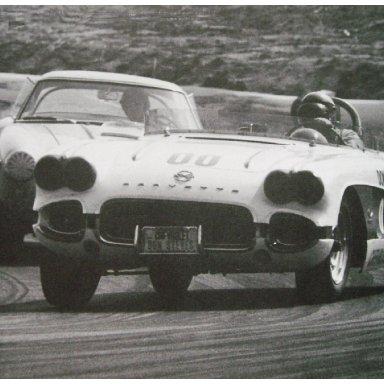 1962 Riverside GP - Dave MacDonald in #00 Vette