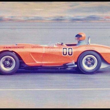 1963 Riverside GP - Dave MacDonald in one of a kind Corvette