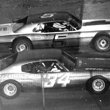 #34 (84) Bob Senneker & #5 Bill Konczos @ Heidelberg (PA) Raceway 1972