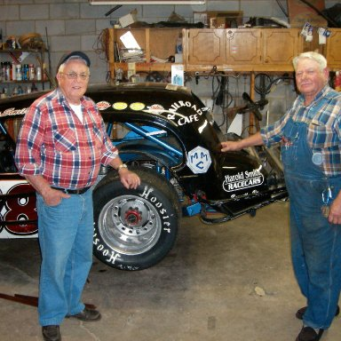 Monk Tate-88 on Right Harold Smith on Left Monk Teamate to Sam Ard An Harold Helped William Mason For Years On The 45 Modifieds  Perk Brown,Paul Radford, Etc. Drove Photos I Took.