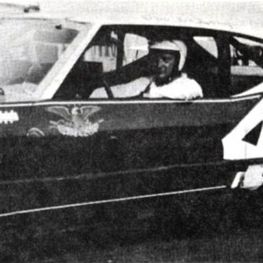 #4 Norm Benning @ Heidelberg (PA) Raceway 1971