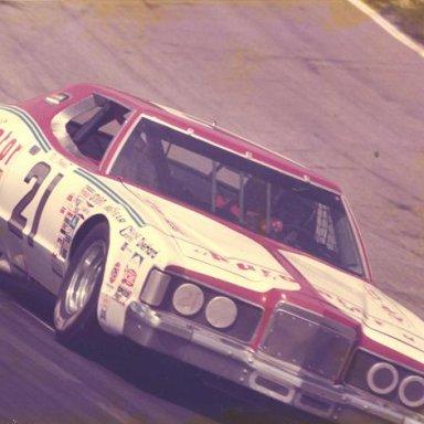 1980 BONNETT 21
