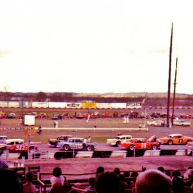 At Birmingham in the Late Model Modified division..1965!...What competition .B.Allison#312..F.Fryar#48..#125 C.Binkley..#39 Friday Hassler..#77 Joe.L.Johnson