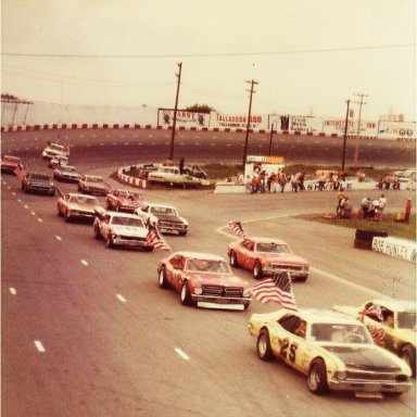 1976 SPIRT OF 76(union gas) 200 lapper Late Model Sportsman race