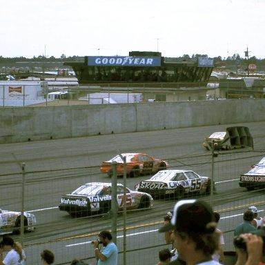 #25 Ken Schrader #6 Mark Martin #66 Lee Raymond #55 Phil Parsons #75 Morgan Shepherd #66 Rick Mast 1989 1st Twin 125 Qualifying Race @ Daytona
